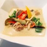 タイ風グリーンカレーのレシピ!ペーストを使ってお手軽に!夏野菜との相性抜群!