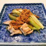 茄子と鶏むね肉のごまだれのレシピ!夏バテ解消に最適のメニュー!